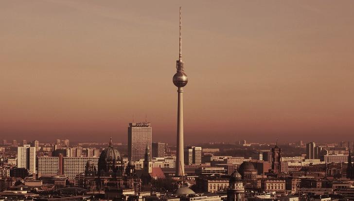 Berliner Fernsehturm, gratis Aussicht über Berlin